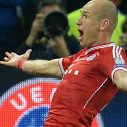 Matchwinner Robben overmand door emoties