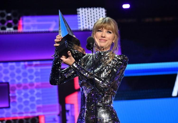 Finally! Taylor Swift komt met een nieuw album