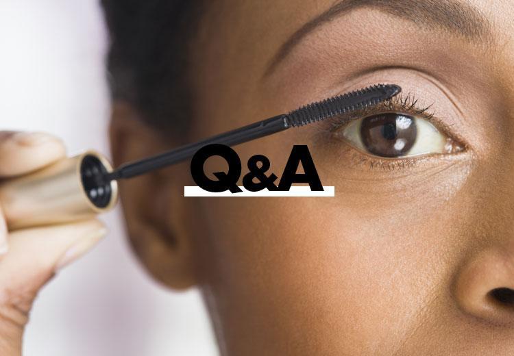 Q&A: Hoe krul ik mijn wimpers zonder wimperkruller?