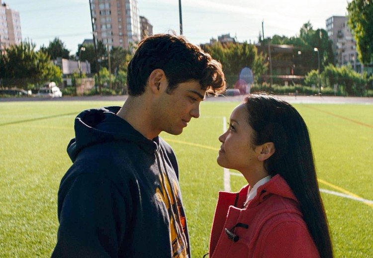 Oehh! Noah Centineo wint award voor Best Kiss