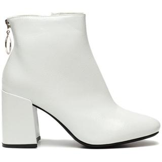 WHITE SHINY BOOTS