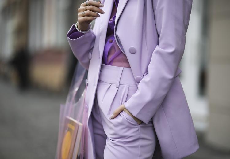 5 manieren om lila te dragen