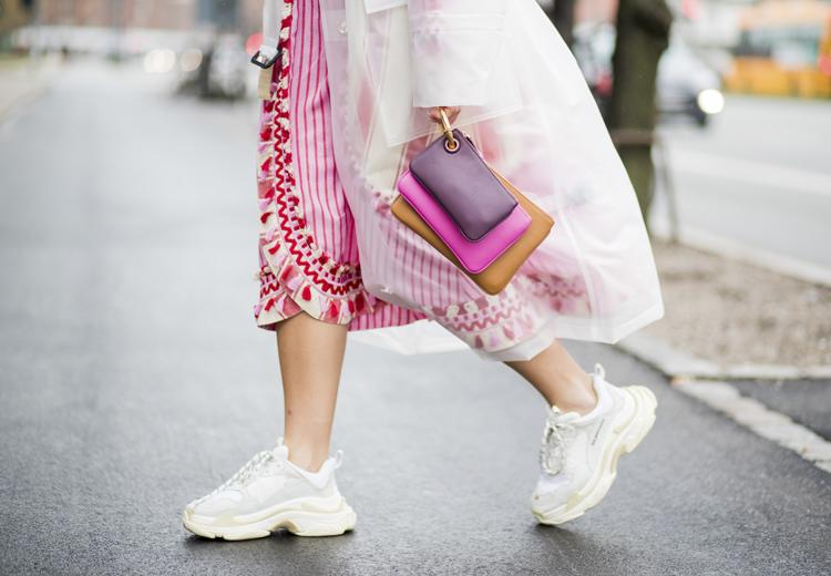 3 manieren om een jurk casual te dragen