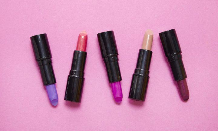 Alert: koop geen namaak-lip kits van Kylie Cosmetics