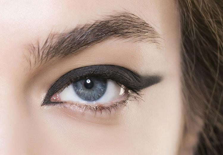 Welke eyeliner past het best bij jouw ogen?