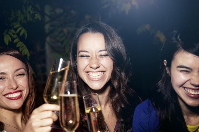 Doe er nog maar een: alcohol verbetert het spreken van een tweede taal