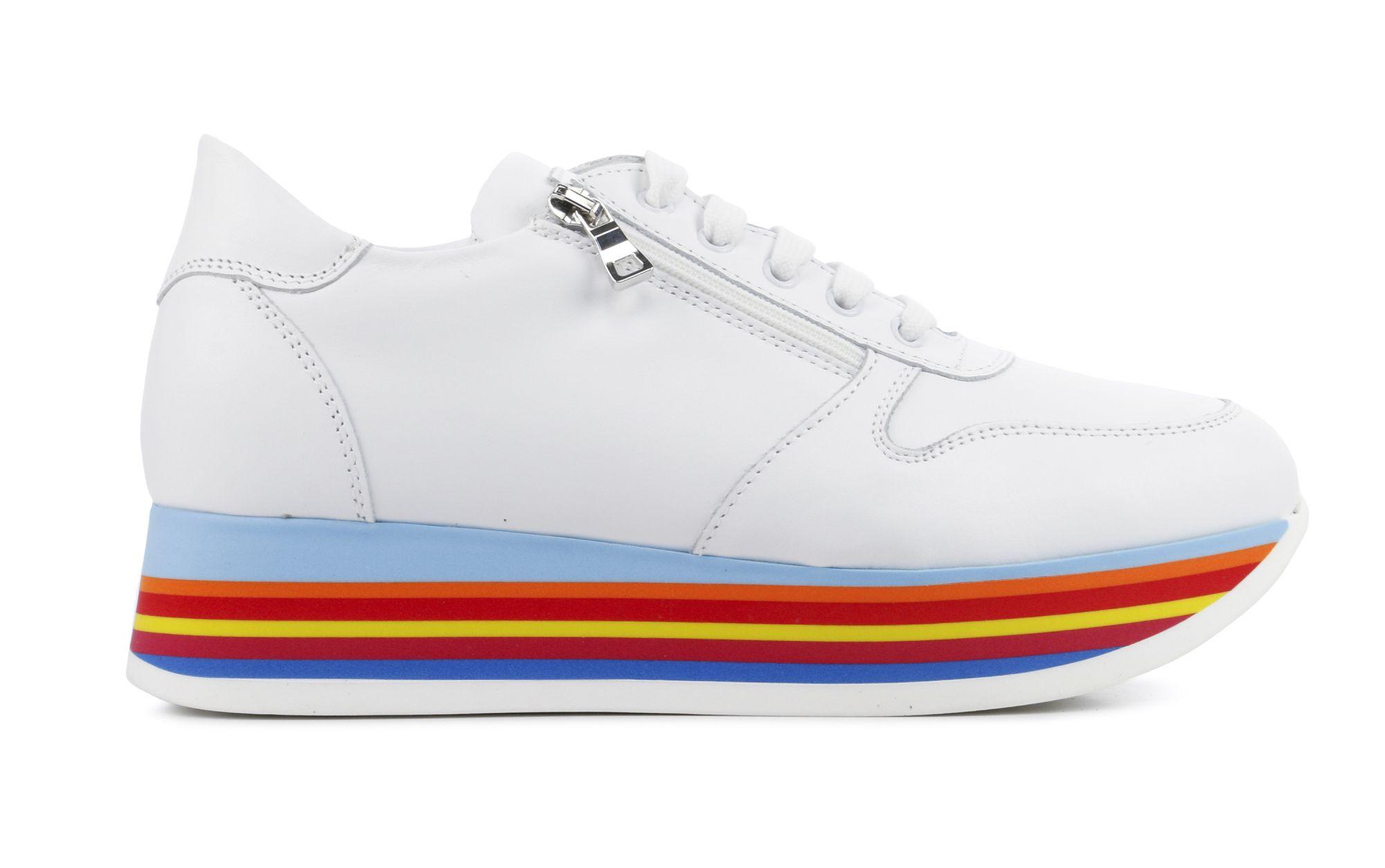 Chaussures De Sport Femmes (blanc) Véritable Ligne Pas Cher hHDuQPK