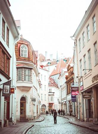 Dit zijn de goedkoopste Europese steden om te overnachten