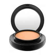 M·A·C Mineralize Moisture Foundation SPF15 - compact foundation