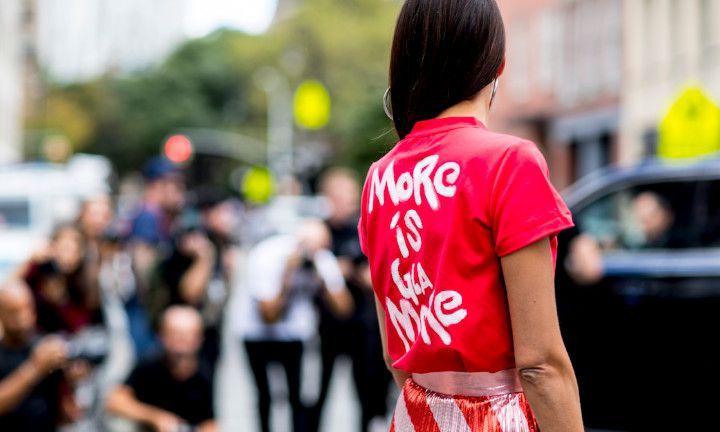 10 signs dat je te veel kleding hebt