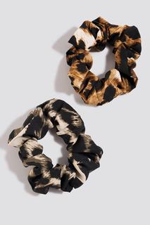 2-pack Leopard Scrunchies