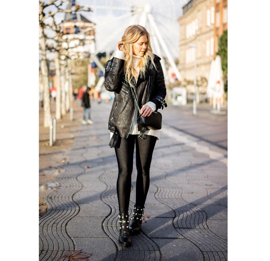 Blogger Sunnyinga