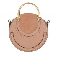Chloé Schoudertassen - Pixie Small Shoulder Bag Nougat in bruin voor dames