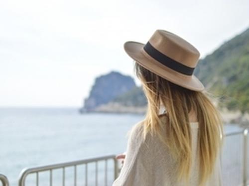 Sanoma se penche sur les habitudes de vacances des femmes