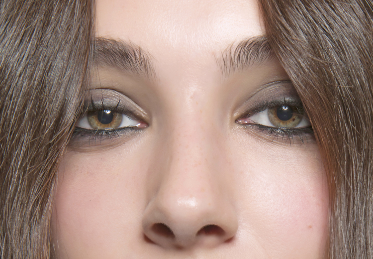 Deze oogschaduw past het beste bij jouw oogkleur