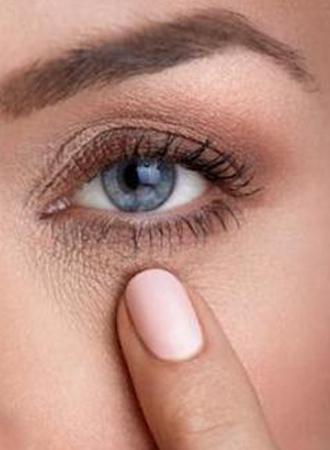 Hierdoor heb je last van een trillend ooglid