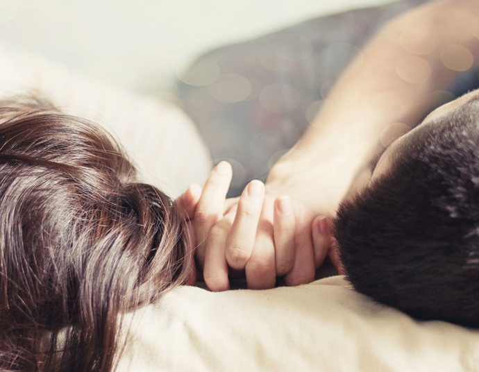 Deze vragen stel je jezelf voor je een open relatie begint