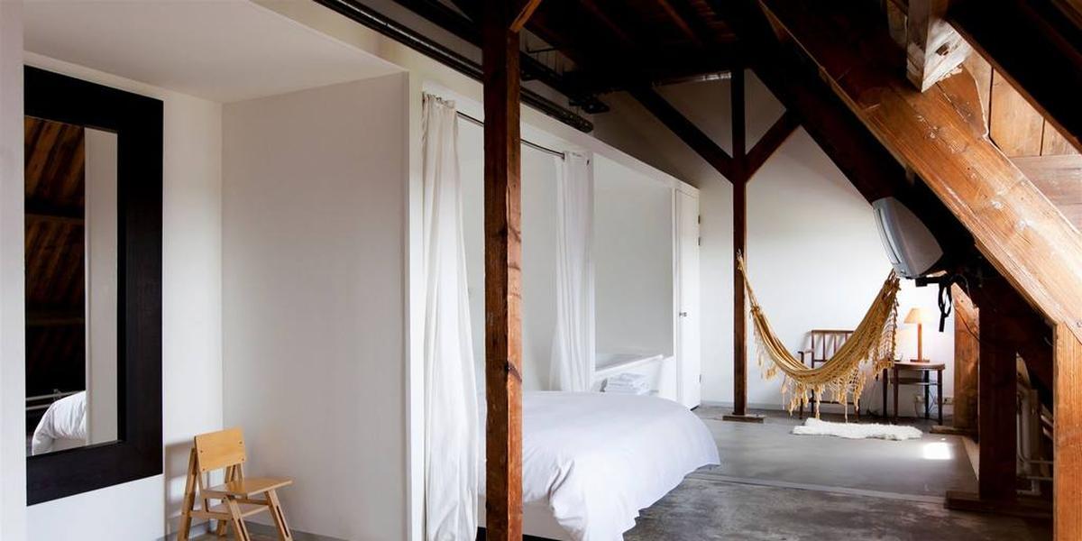 lloyd hotel in amsterdam flow magazine. Black Bedroom Furniture Sets. Home Design Ideas