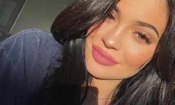 Wow: Kylie Jenner viert geheime babyshower én is verloofd