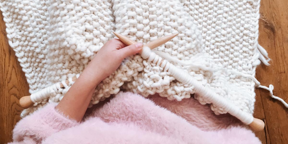 How to start knitting