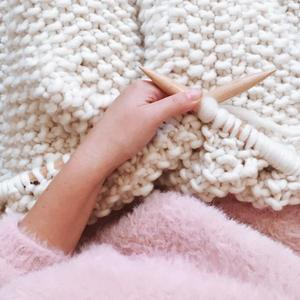 How to start knitting
