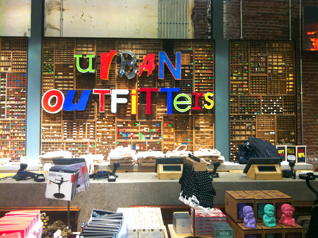 urban outfitters opening amsterdam