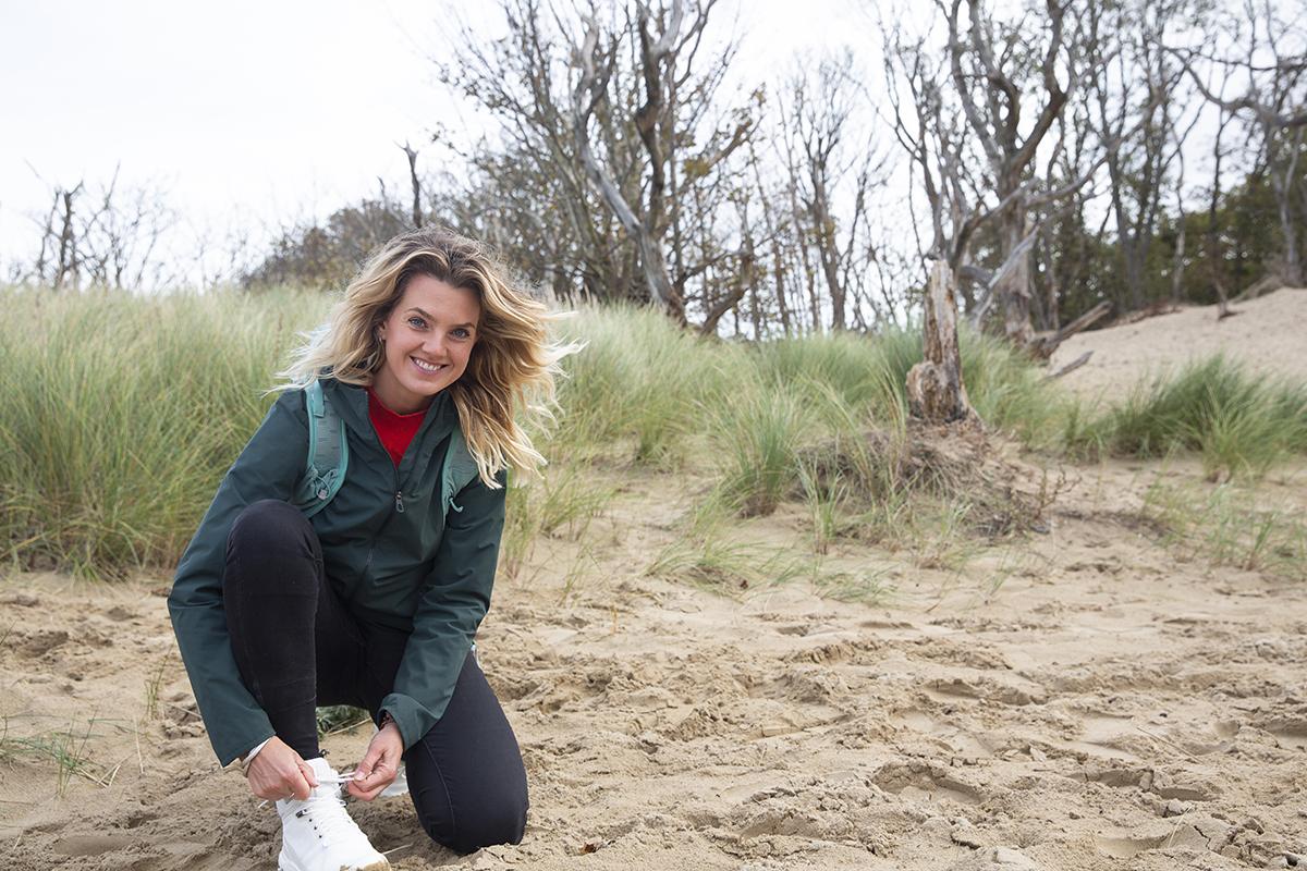 Eva Spigt organiseert 'back to nature'-hikes in de Nederlandse natuur
