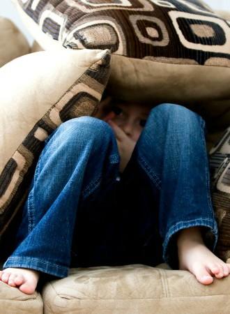 'Dit is wat er gebeurde toen ik mijn twee kinderen (9 en 5) alleen thuisliet'