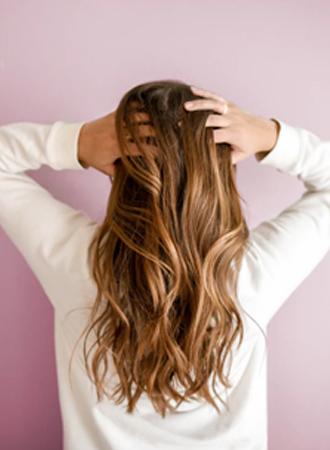 Dit is waarom je haargroei vertraagt, en zo los je het op