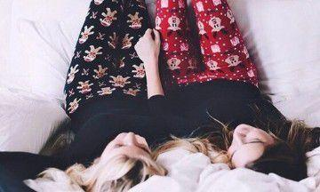 De lekkerste lazy day outfits voor een Netflix marathon