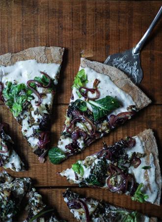 Easy like sunday: homemade pizza met 3 varianten beleg