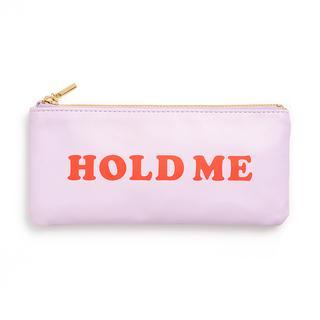 Etui. Hold me.