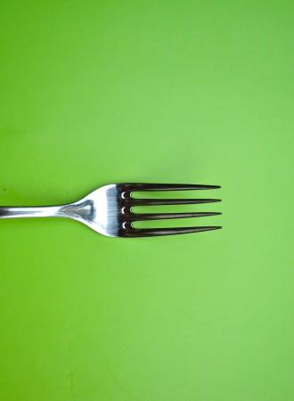 'Mijn kinderen eten hun avondeten aan een aparte tafel'